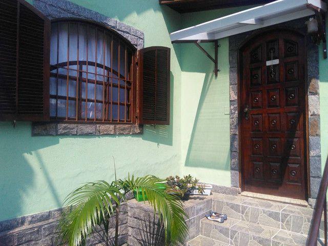 Excelente Casa a 5 minutos da rua Teresa