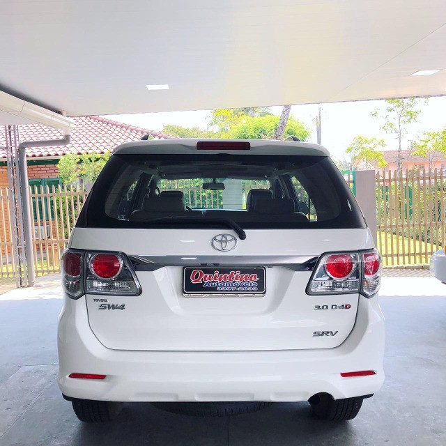 Toyota SW4 srv 3.0 2013 - Foto 5
