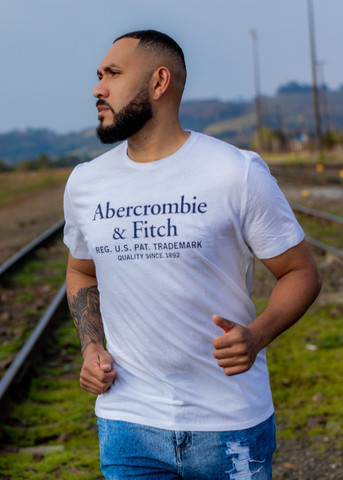 Camiseta Abercrombie e Fitch Original EUA - Foto 2