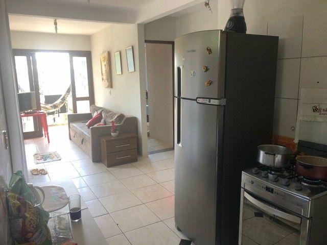 2/4 suíte mobiliado na praia do forte R$ 2000 mensal