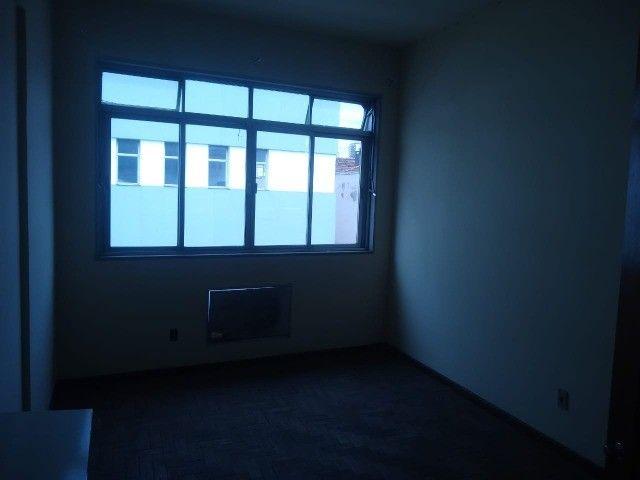 Apartamento Amplo 3 Dormitórios Sendo Uma Suíte - Foto 10