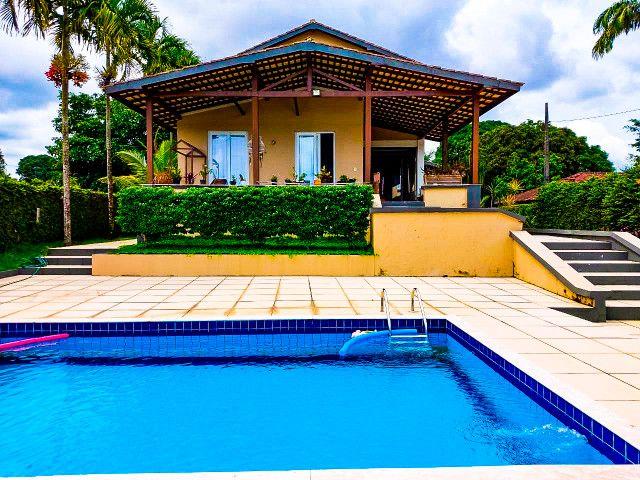 Casa Cond. Lago Azul - Beira do lago