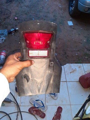 Rabeta  com lanterna traseira xre300 - Foto 3