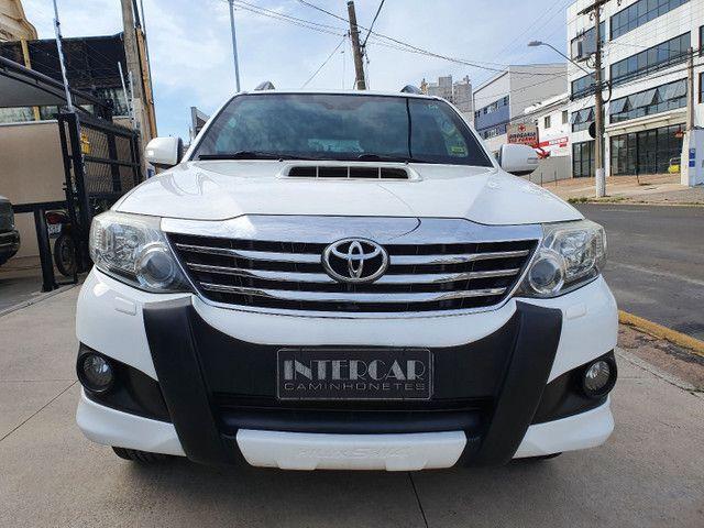 Toyota-Hilux SW4  - Foto 3