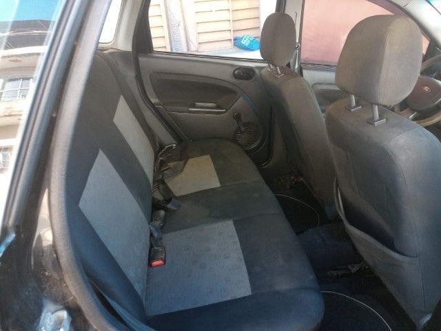 Ford Fiesta em muito bom estado, pouco rodado, único dono, carro de não fumante - Foto 4