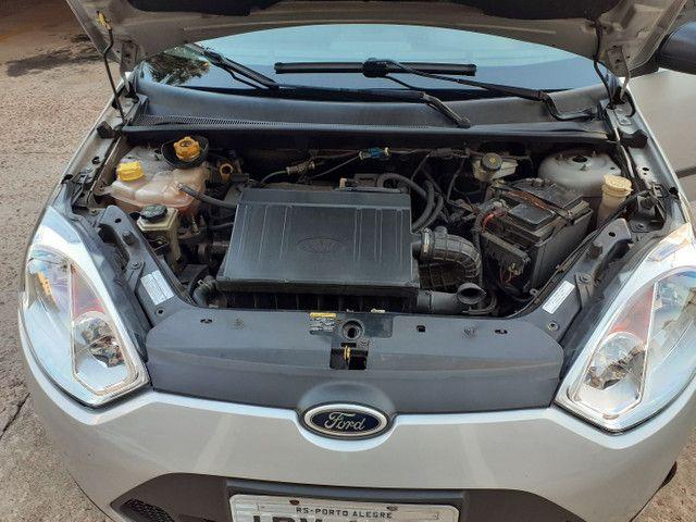 Fiesta 1.0 ano e modelo 2011 completo, IPVA 2021 PAGO - Foto 14