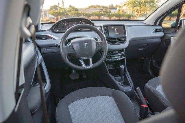 Peugeot 208 - Foto 15
