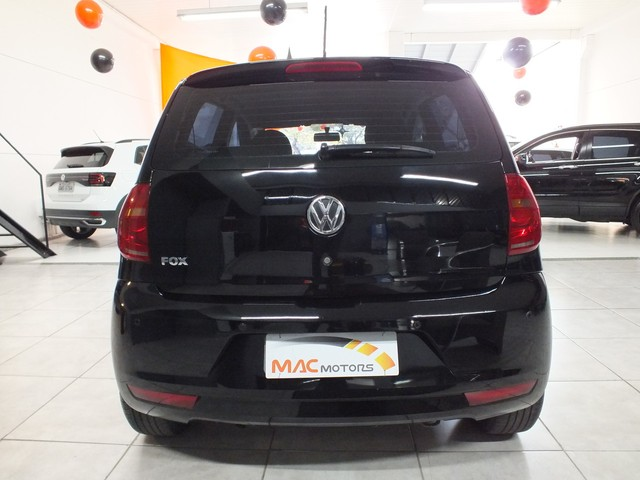 Volkswagen Fox 1.0 VHT (Flex) 4p - Foto 10