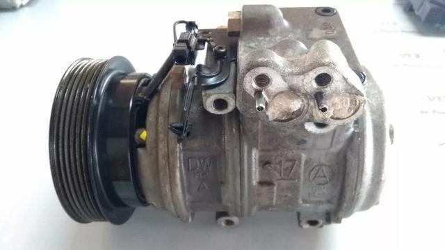 Compressor do ar condicionado Hyundai Tucson 2.7 V6
