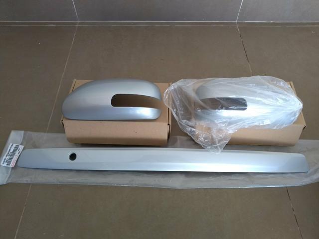 Capa Retrovisor Corolla e Capa puxador Porta Mala 2009 2010 11 2012 Original C/furo