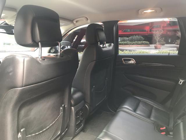 Jeep Grand Cherokee Laredo 3.6 v6 4x4 automática tiptronic completa 2011 - Foto 17