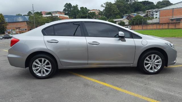 Honda Civic 1.8 LXS 16V Flex 4P Automático - Foto 5