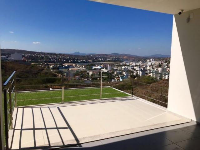 Casa Quadriplex em área nobre com elevador e energia solar - Foto 8