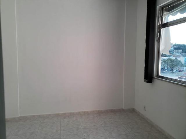 Apartamento 2 Quartos muito bem localizado Largo do Bicão na Vila da Penha - Foto 5