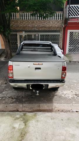 Toyota Hylux CD 3.0 SR 4 x 4, Ano 2013, Òtimo Estado, Aceito Troca - Foto 2