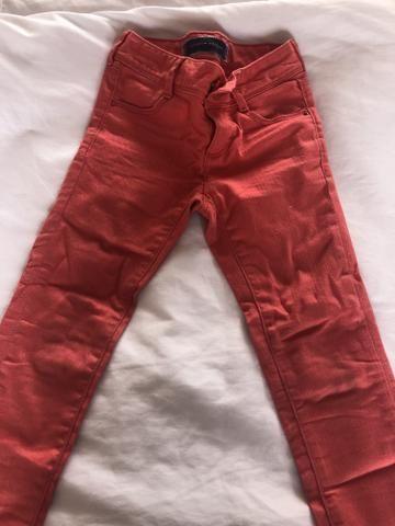 Calças Tommy Hilfiger original importadas tamanho 04 em perfeito estado