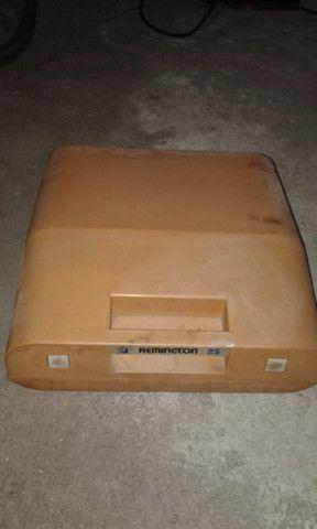 Maquina Portátil De Escrever Remington 25 - Foto 4