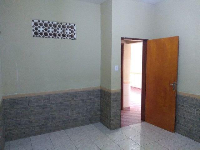 Casa com dois quartos e dois banheiros próximo ao supermercado Ofertão Max - Foto 8