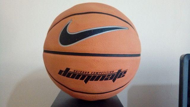 Kit Com Duas Bolas De Basquete - Nike e Adidas com defeito de fábrica - Foto 4