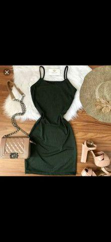 Vestido canelado de alcinha  - Foto 3