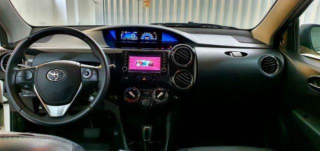 Etios Sedan Platinum 2017 - Foto 7