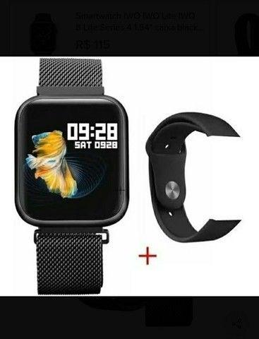 Relógio SmartwatchP70 com 2 pulseiras (aço/silicone) pretas.<br><br> - Foto 2