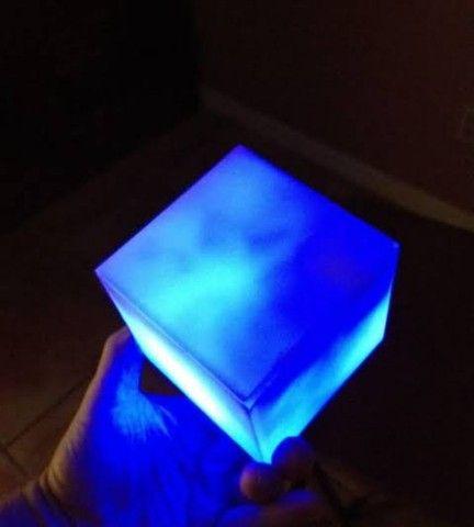 Luminária cubo tesseract com sensor aproximação - Foto 2