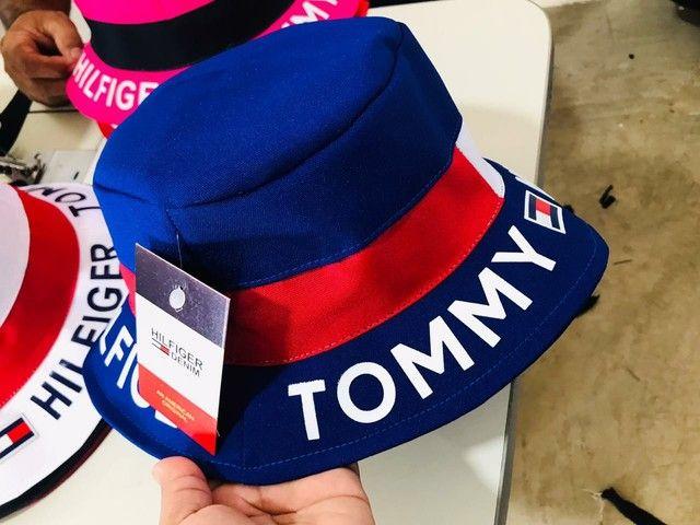 Buckts Tommy Hilfiger