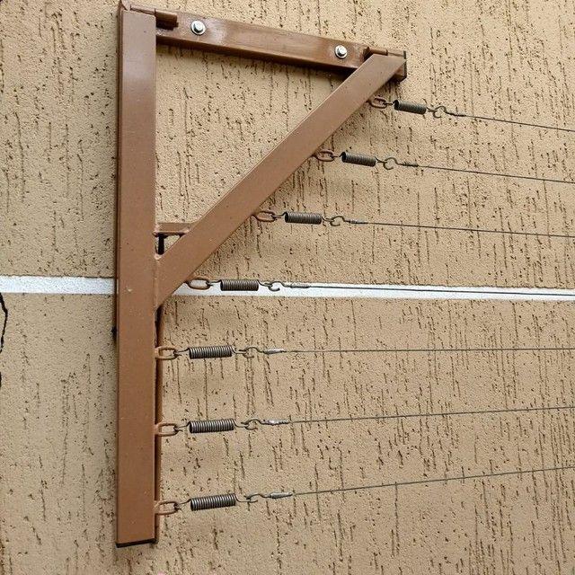 Varal dobrável com cabo de aço e molas - Foto 2