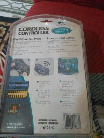 Controle Logitech  zero na caixa nunca usado  - Foto 2