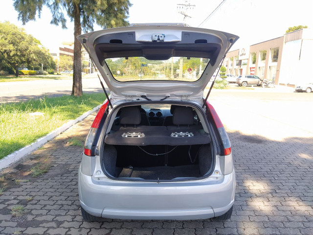 Ford Fiesta Hatch 1.0 8v (Flex) 2011 - Foto 7