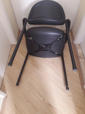 Cadeira para escritório fixa - Foto 5