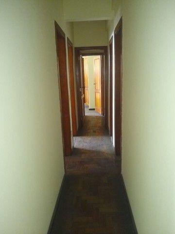 Apartamento Amplo 3 Dormitórios Sendo Uma Suíte - Foto 4