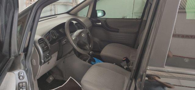 Chevrolet Zafira Expression 2.0 Automático 2011 - Foto 5