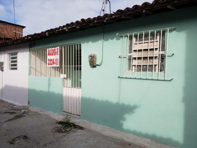 Alugo casas no Barro em Jardim São Paulo próximo ao condomínio Vila Jardim