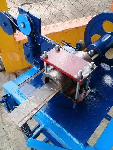 Maquina para fabricar tela alambrado - Sem Motor - Foto 4