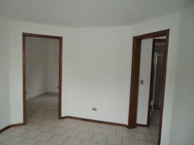 Apartamento terreo contendo 02 dormitórios, São Gabriel - Foto 2