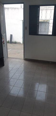 Aluga-se kitnets perto da USP São Carlos - Foto 2