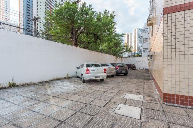 Mobiliado 11 A do Edf. Casa Blanca em Boa Viagem, Recife, no precinho - Foto 16