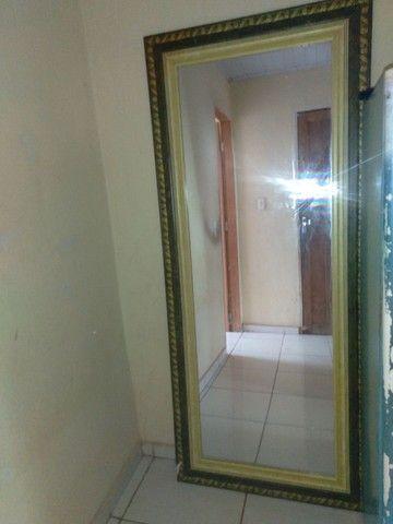 Um espelho  - Foto 3