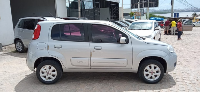 Fiat Uno Vivace 2013 - Foto 12