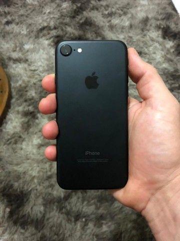 vendo iphone novo com marca de uso  - Foto 2