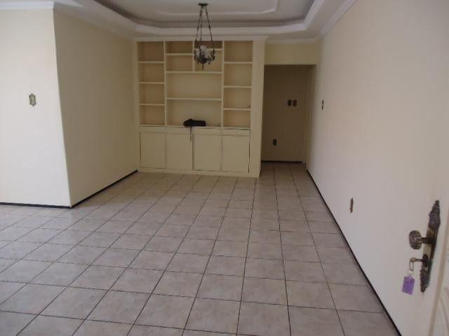 AP0071 - Apartamento residencial para locação, Montese, Fortaleza. - Foto 2
