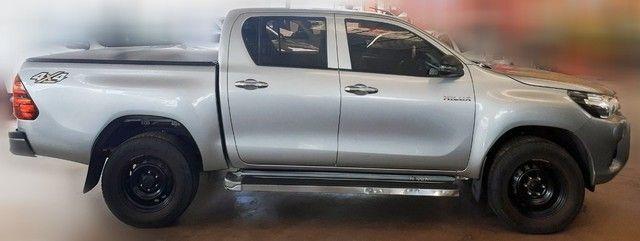 Toyota Hilux 2019 4x4 Diesel, Prata Liberada - Foto 3