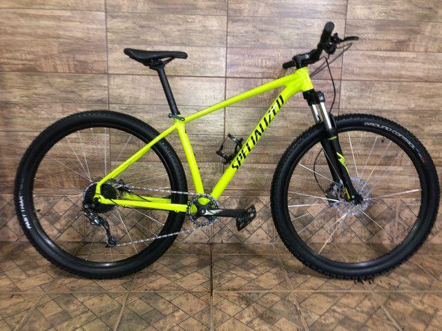 Bike Specialized RockHopper 2021 Aro29,Q/17, G/Alívio/Altus, K7de9v,C/1Coroa