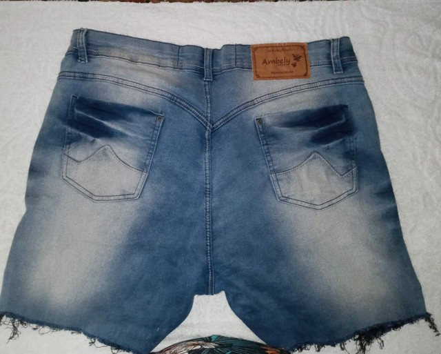 Vendo 2 shorts n 50. 30$ Cada