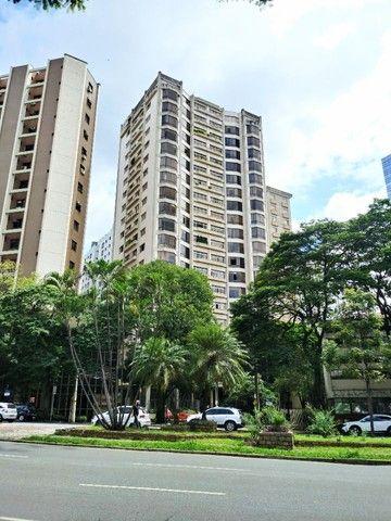 Belo Horizonte - Apartamento Padrão - Funcionários