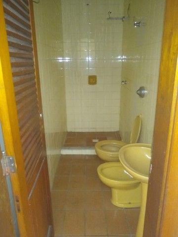 Apartamento Amplo 3 Dormitórios Sendo Uma Suíte - Foto 18