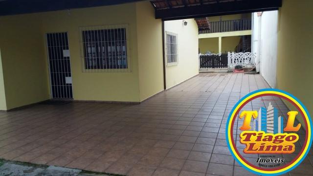 Casa com Piscina   03 Dormitórios   Churrasqueira   Edícula   Caraguatatuba   400 Mil - Foto 2