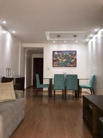 Excepcional apartamento no largo do Bicão - Foto 8